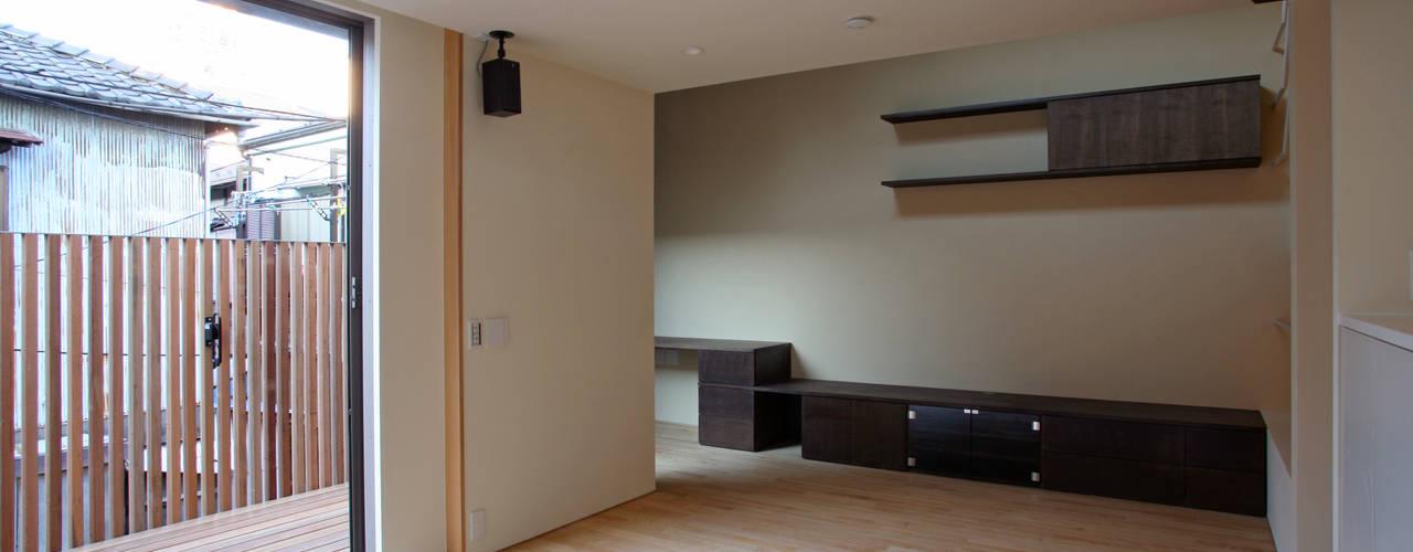 みんなの集まる家 モダンデザインの リビング の 設計事務所アーキプレイス モダン