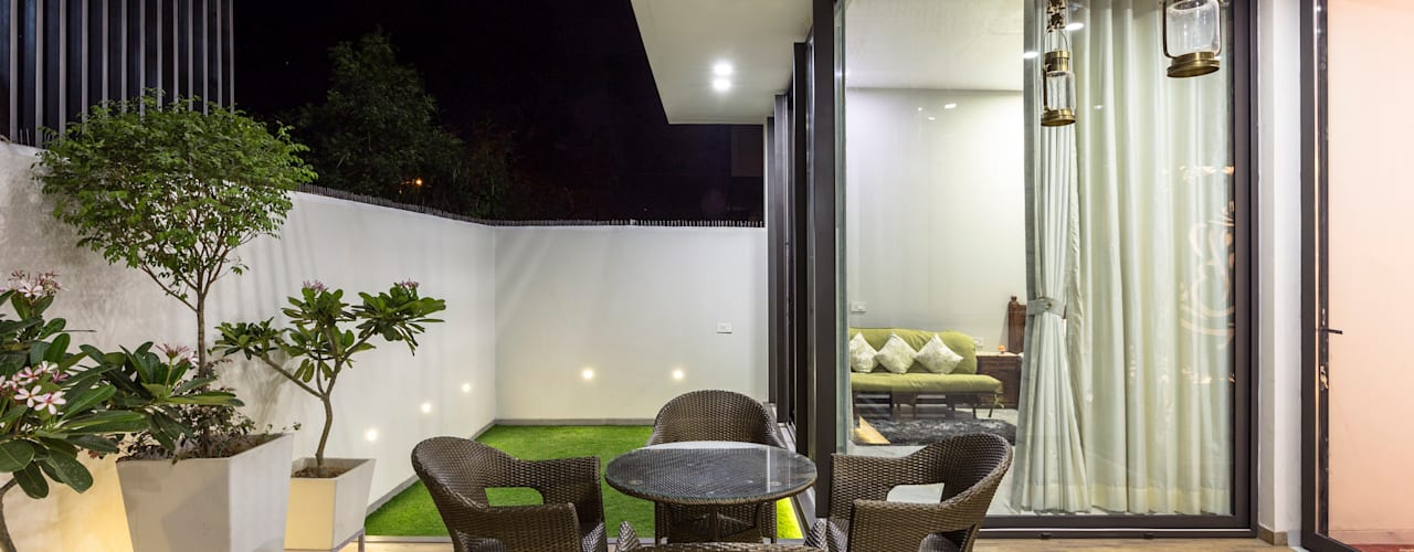 Oleh Garg Architects Modern