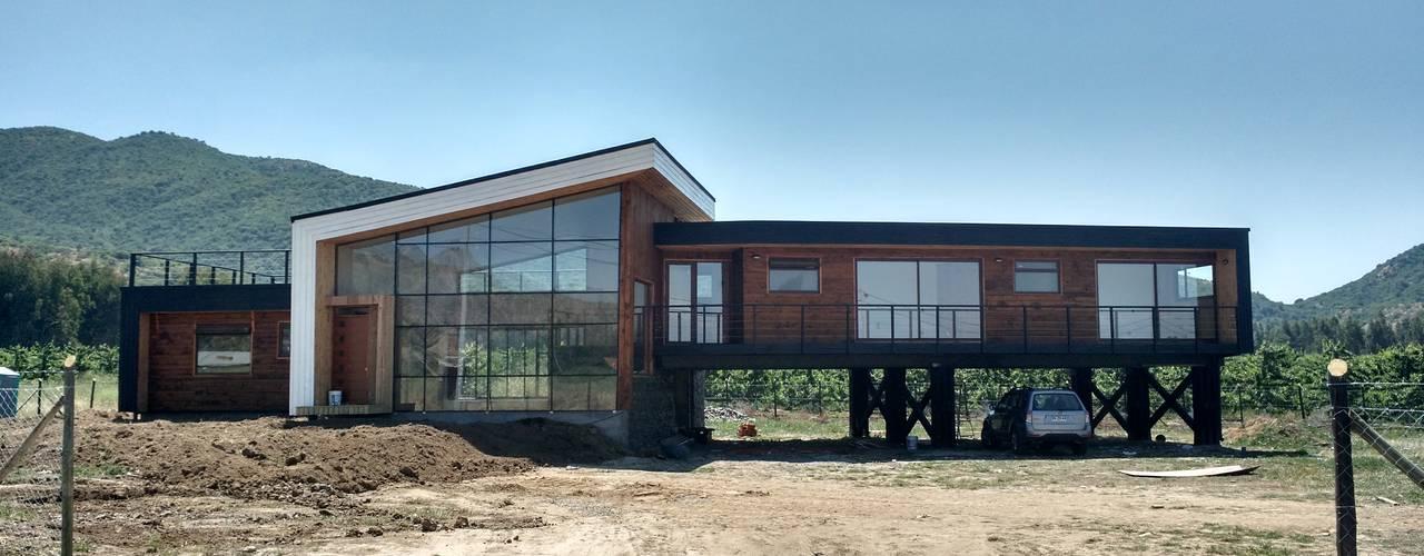 VIVIENDA, CONDOMINIO, SANTA CRUZ KIMCHE ARQUITECTOS Casas estilo moderno: ideas, arquitectura e imágenes Madera