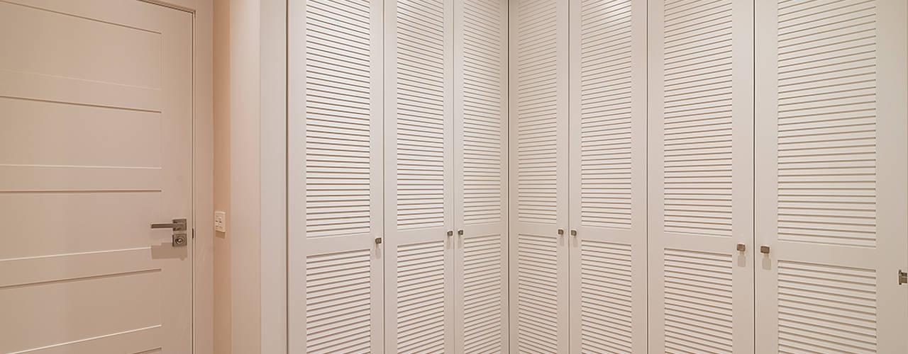 Gumuzio&MIGOYA arquitectura e interiorismo Classic style dressing room