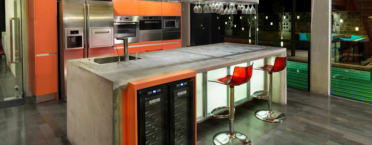 Kampung Tunku House - Sustainable & Budget Friendly Design Modern style kitchen by MJ Kanny Architect Modern