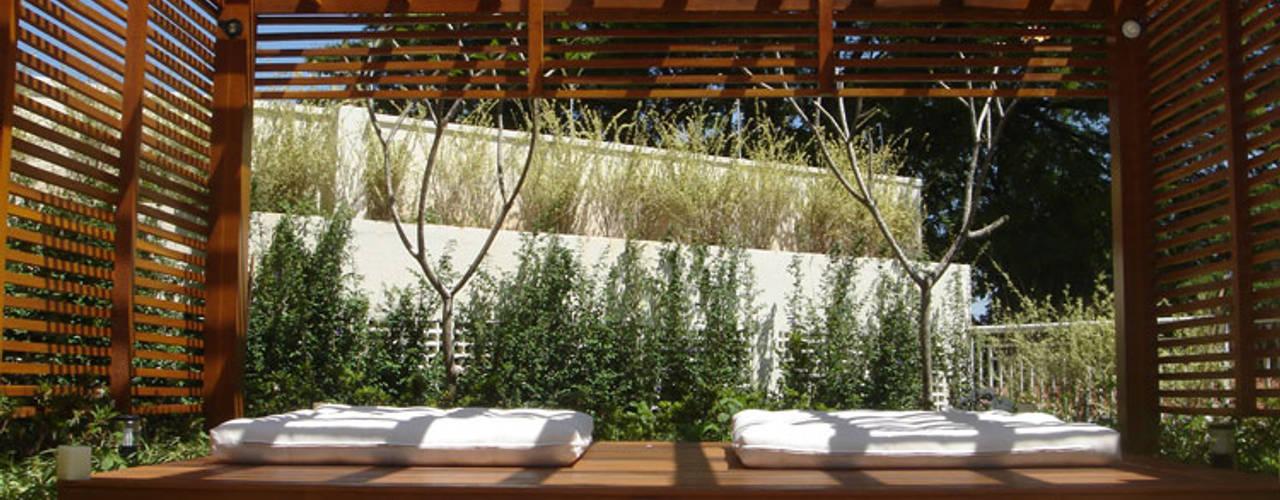 Inspirações Varandas, marquises e terraços tropicais por Drevo - Wood Solutions Lda Tropical
