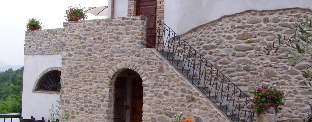 Recupero Gradile in pietra Arch. Della Santa Giorgio Casa rurale