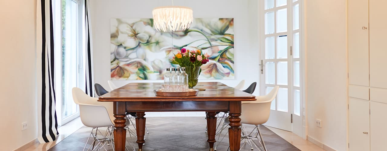 Exponierte Unternehmervilla in Bestlage Moderne Esszimmer von Tschangizian Home Staging & Redesign Modern