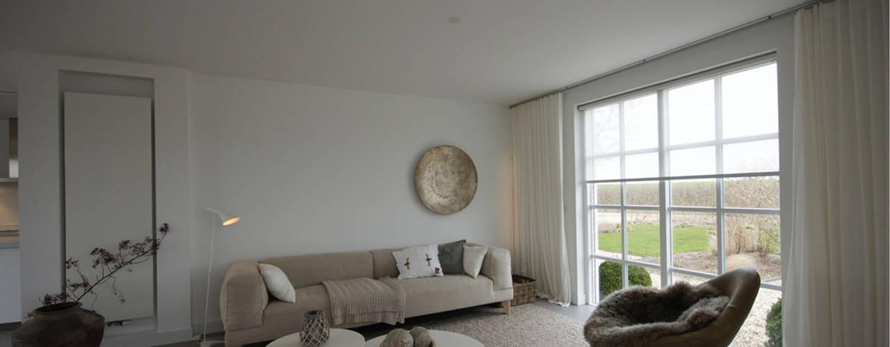 minimalistisch interieur woonkamer door kleurinkleur interieur architectuur