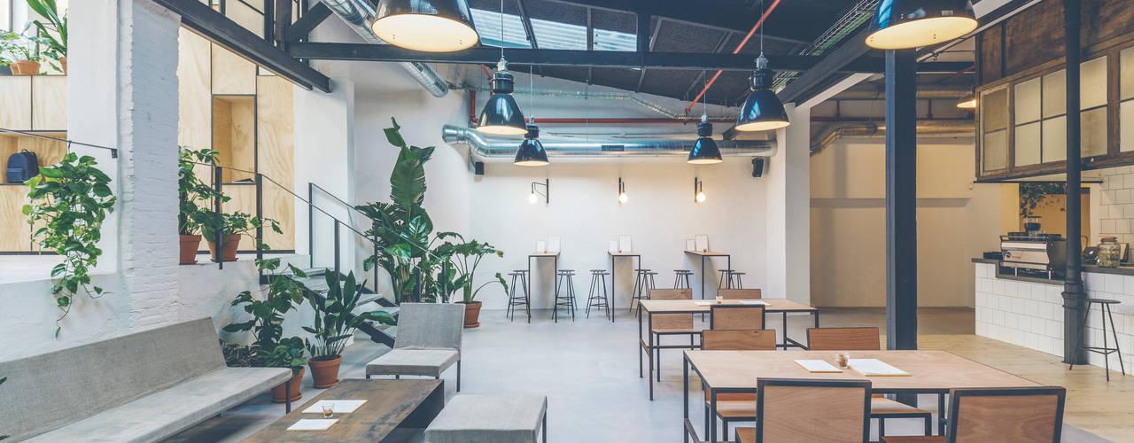 Wer-Haus:  de estilo  de LaBoqueria Taller d'Arquitectura i Disseny Industrial