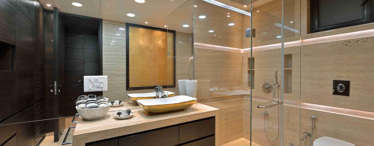MADHUNIKETAN 10TH FLOOR:  Bathroom by smstudio