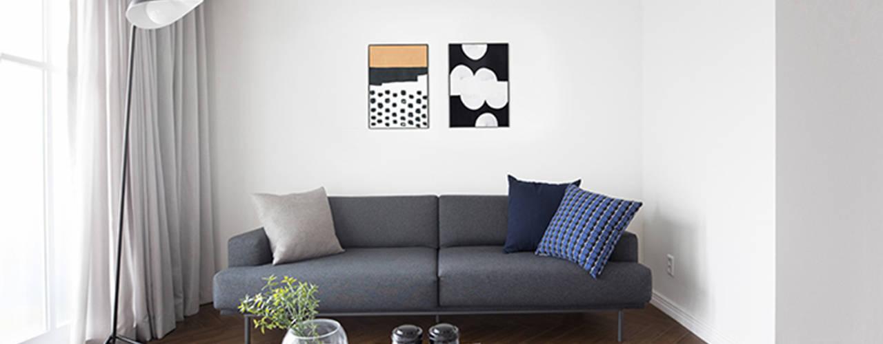 모던 클래식한 무드의 20평대 빌라 인테리어: husk design 허스크디자인의  거실
