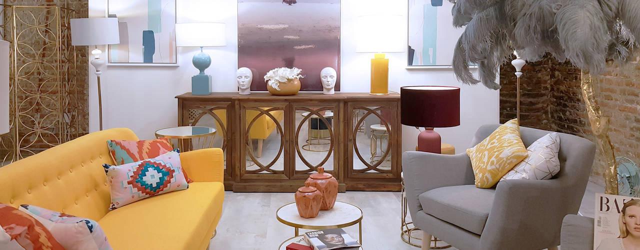 Proyecto THE LOFT:  de estilo  de Muebles Marieta