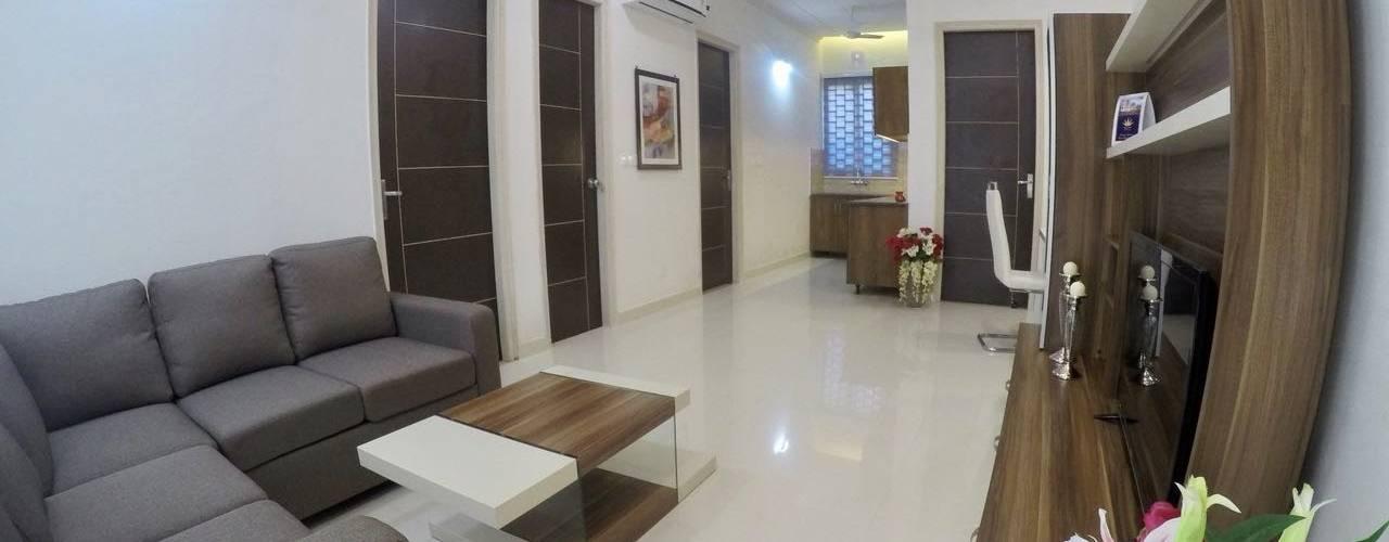 Villa in New Chandigarh Near Eco City:  Corridor & hallway by Kapilaz Space Planners & Interior Designer