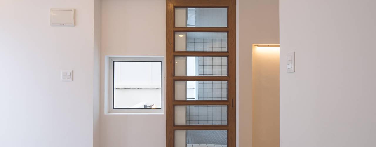 BLANK FACTORY: AAPA건축사사무소의  문