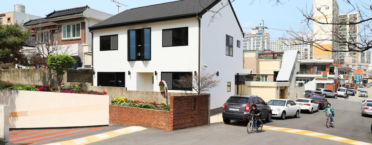 광주 양산동 40PY (심플모던한 단독주택) 모던스타일 주택 by 하우스톡 모던