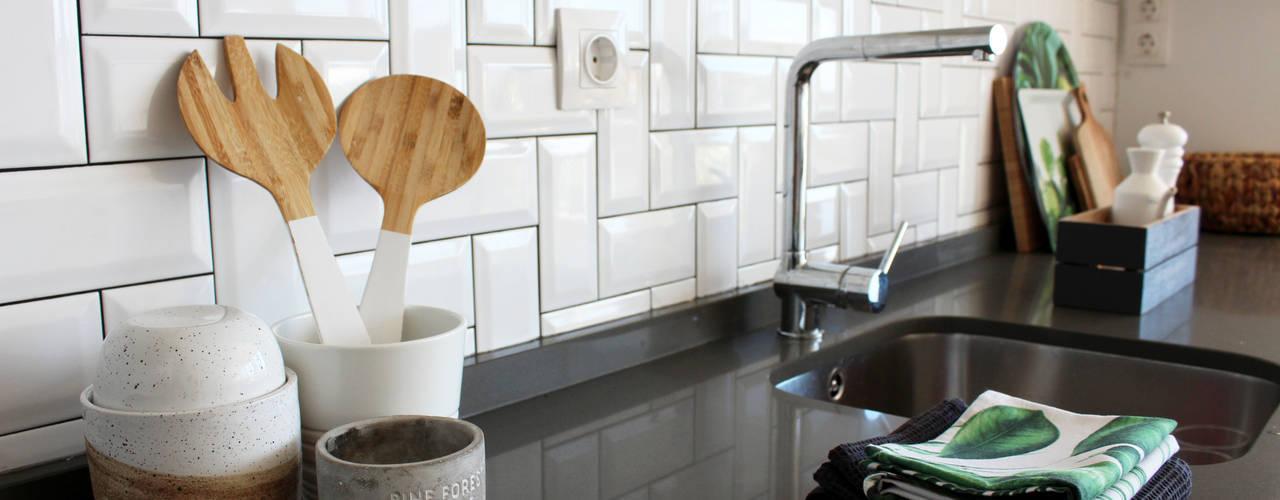 Detalhes da bancada da cozinha : Cozinhas  por Rima Design