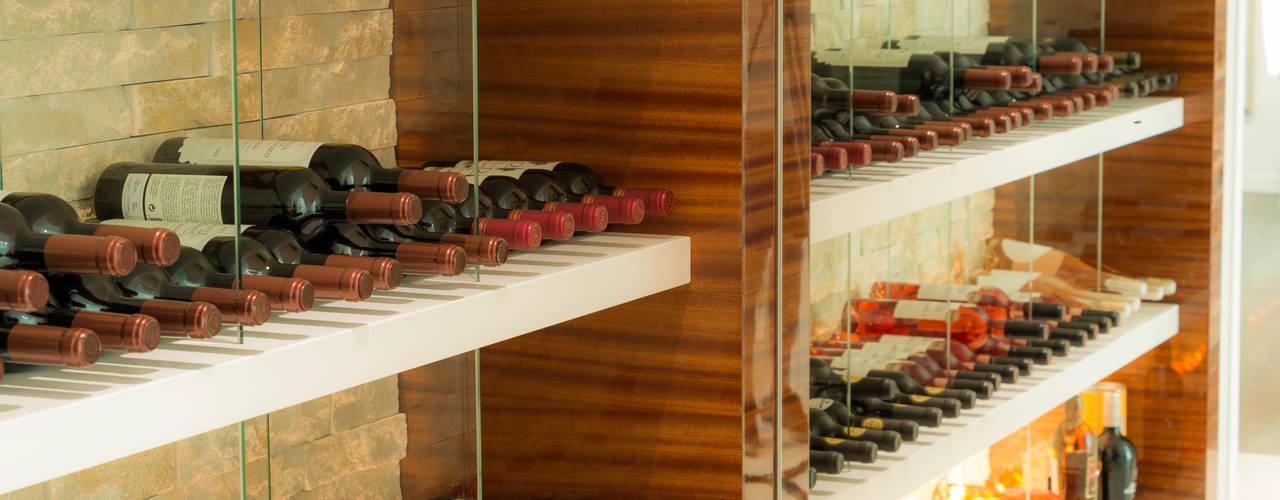 Estante de Vinhos por Moderestilo - Cozinhas e equipamentos Lda Moderno