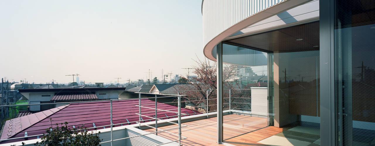 コーナーガーデンの家 モダンデザインの リビング の 西島正樹/プライム一級建築士事務所 モダン