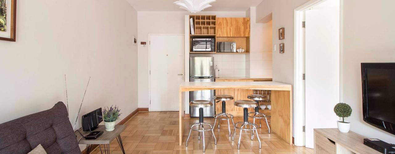 Departamento Santa Lucía: Livings de estilo  por Crescente Böhme Arquitectos