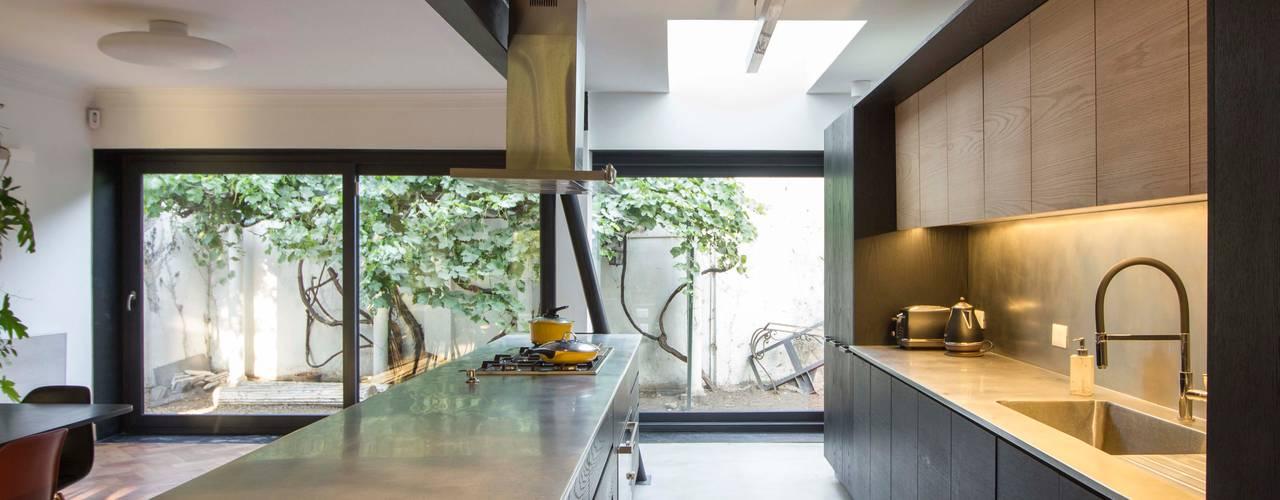 Casa El Bosque de Crescente Böhme Arquitectos Minimalista
