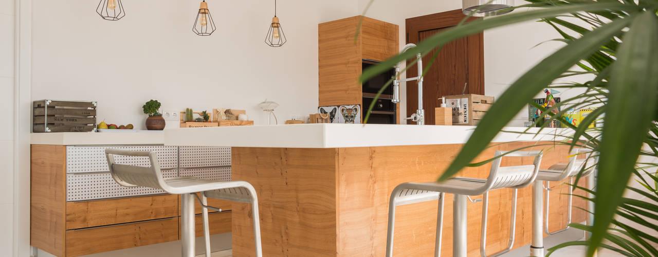 Poppy por Moderestilo - Cozinhas e equipamentos Lda Campestre