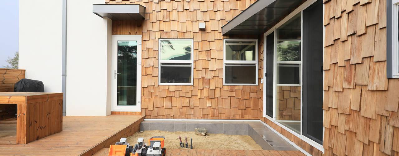 Maisons de campagne de style  par 주택설계전문 디자인그룹 홈스타일토토, Moderne
