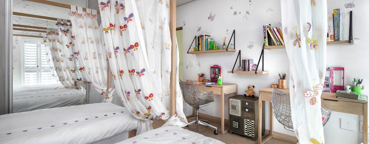 High End Residential Family Home by Deborah Garth Interior Design International (Pty)Ltd Modern