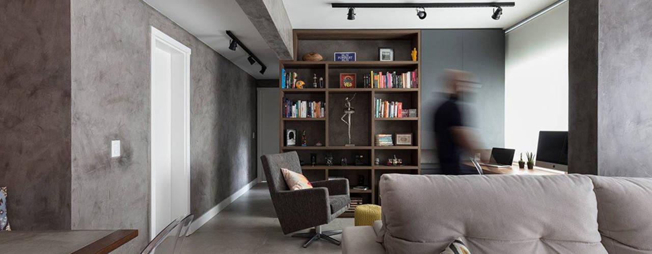 Apartamento Industrial - Concreto e Tijolinhos Escritórios rústicos por Rabisco Arquitetura Rústico