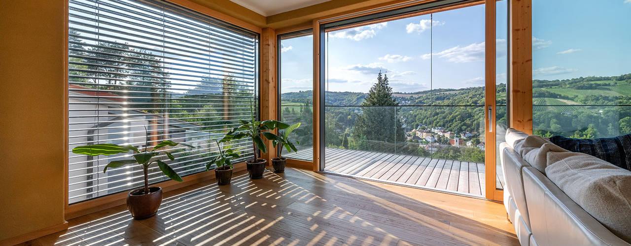 HAUS IN WEIDLING Moderne Wohnzimmer von AL ARCHITEKT - in Wien Modern