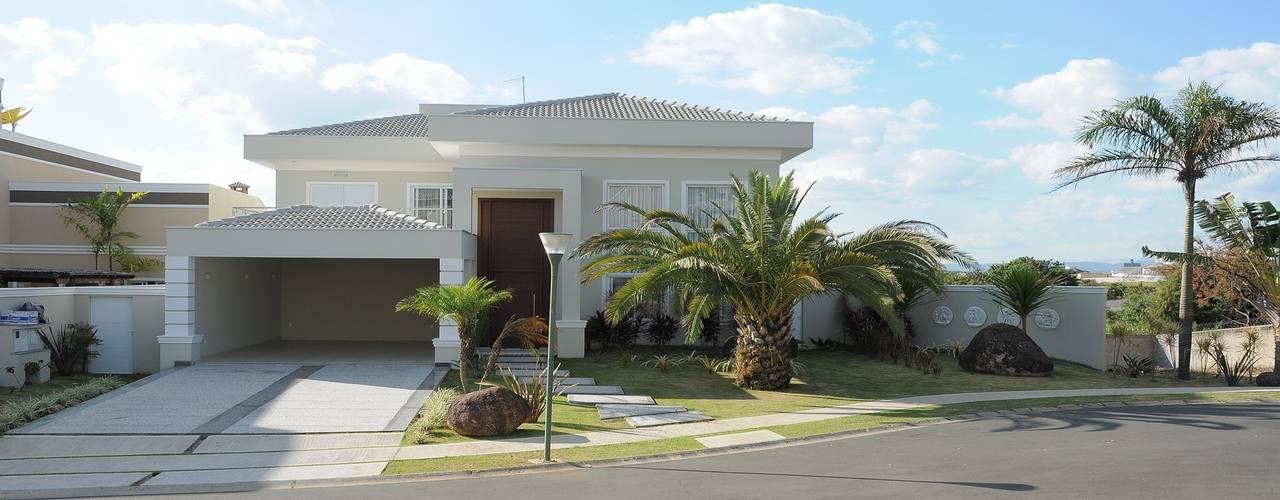 Casas  por Andréa Generoso - Arquitetura e Construção