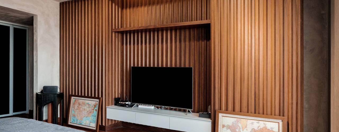Pondok Indah Residence Kamar Tidur Gaya Industrial Oleh FIANO INTERIOR Industrial
