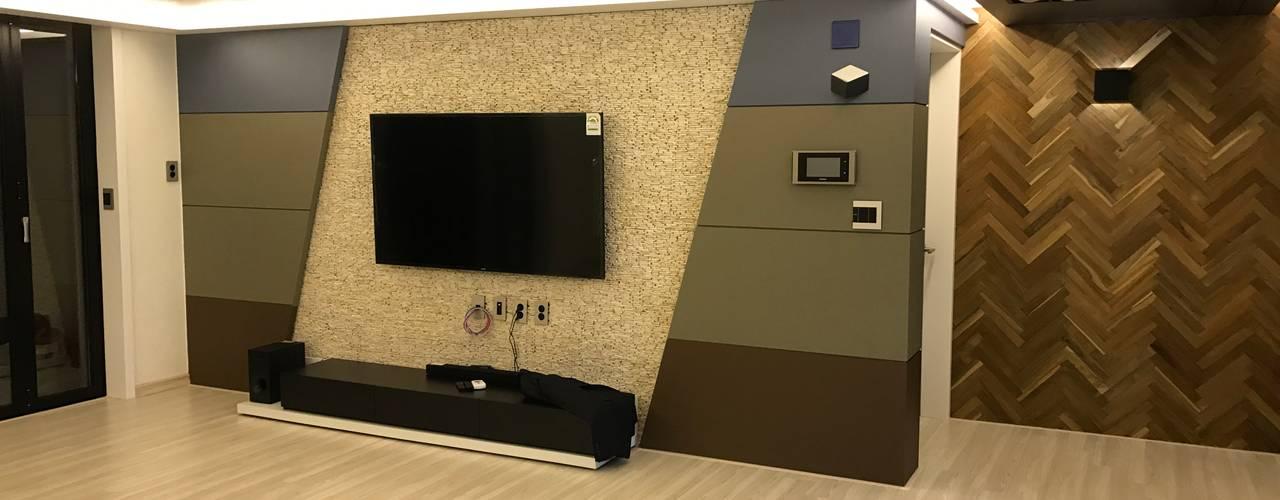 대림골든빌 49평: 디자인K하우징의  거실