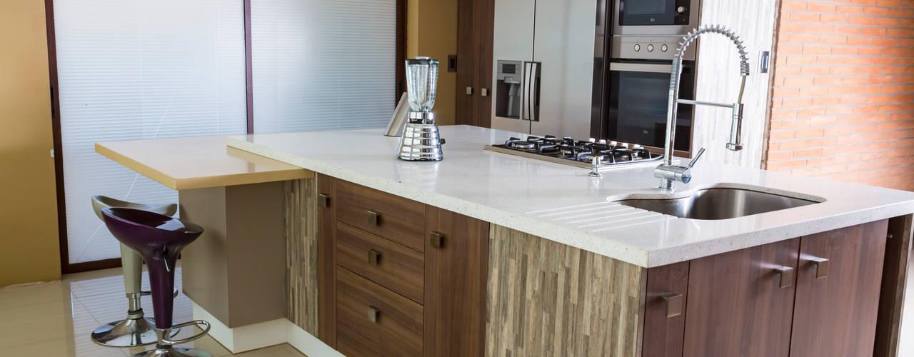 Cocina Colina:  de estilo  por Innova Design, Moderno