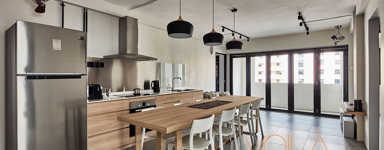 Built-in kitchens by VOILÀ Pte Ltd, Industrial
