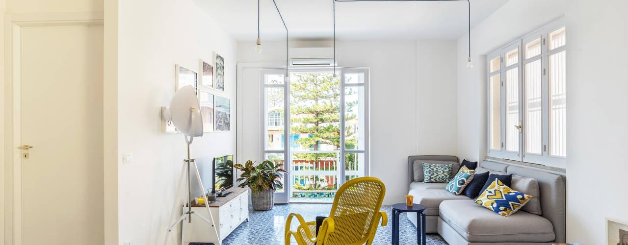casa IM Giuseppe Iacono Architetto Soggiorno in stile mediterraneo