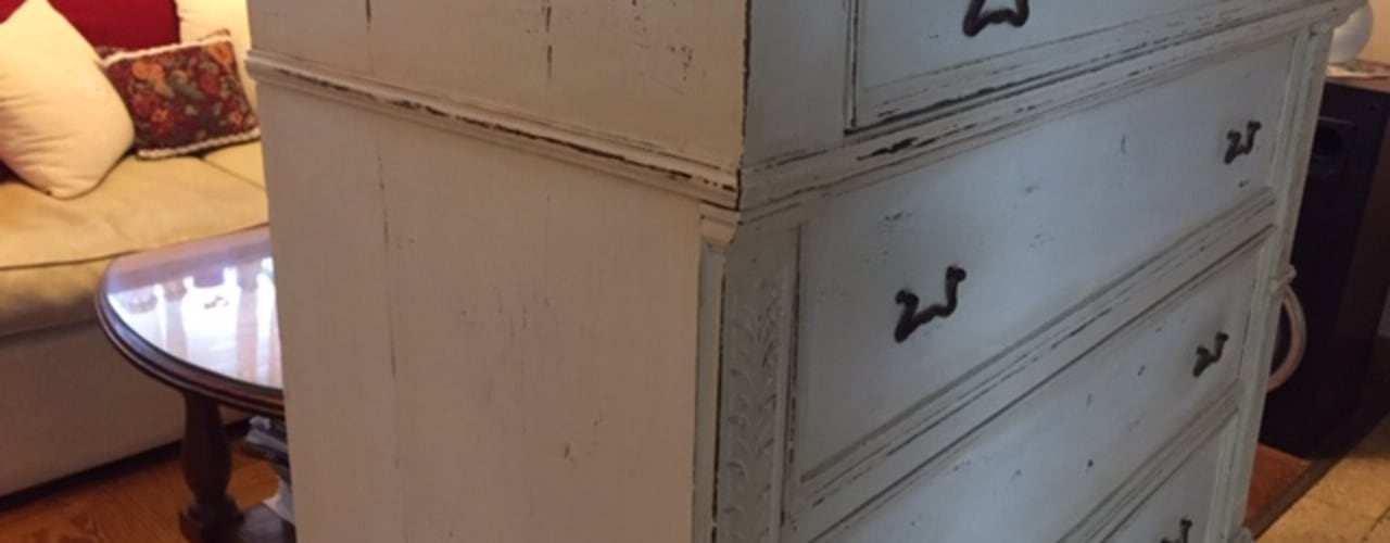 Reciclaje de una cómoda por ANADECO:  de estilo  por ANADECO