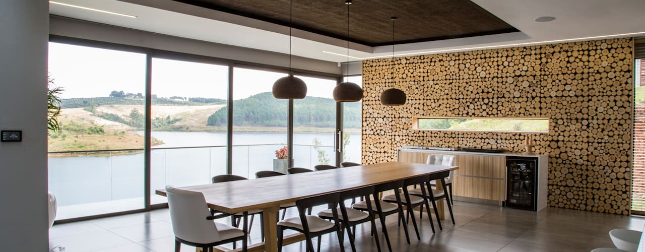 House Ebenezer: A Measure Of Texture Minimalist dining room by AB DESIGN Minimalist