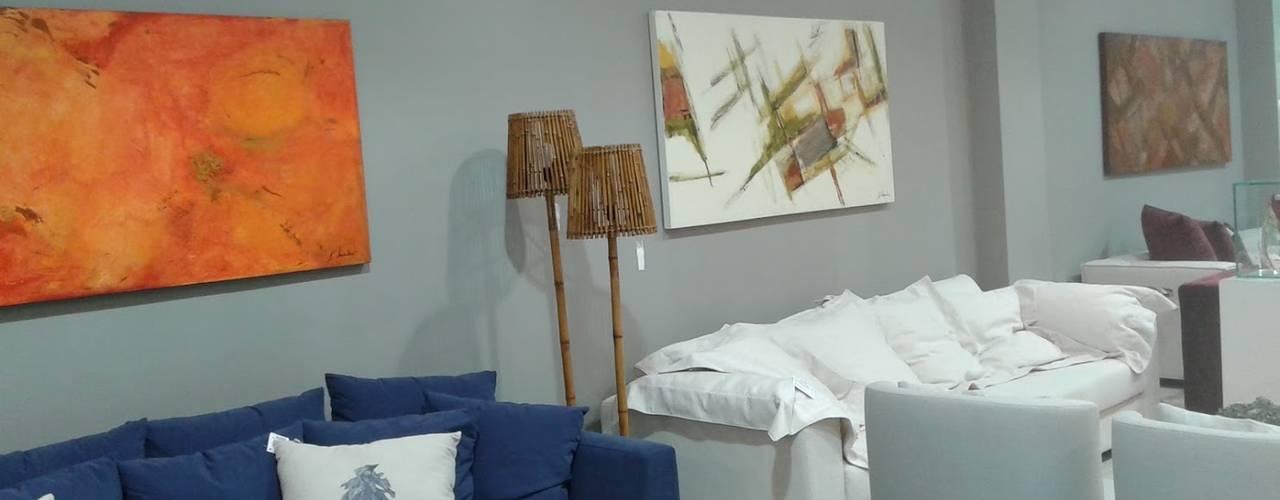 modern  by Atelier de Pintura Anette Schnaider, Modern