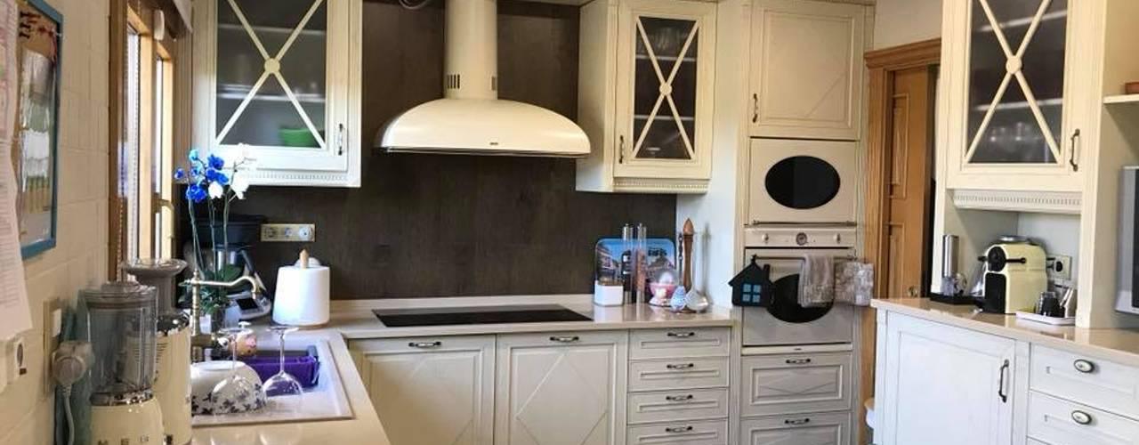 Amor ao Clássico! DIONI Home Design CozinhaBancadas