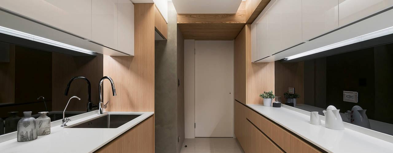L宅_線。域 現代廚房設計點子、靈感&圖片 根據 沐禾設計事務所 現代風
