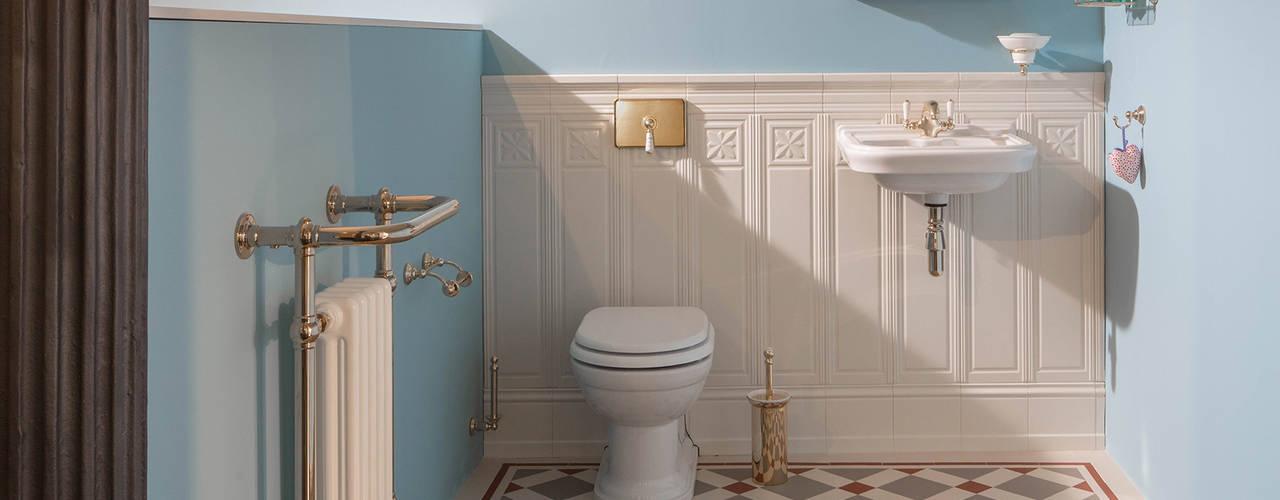 Traditional Bathrooms GmbH Salle de bain classique Bleu