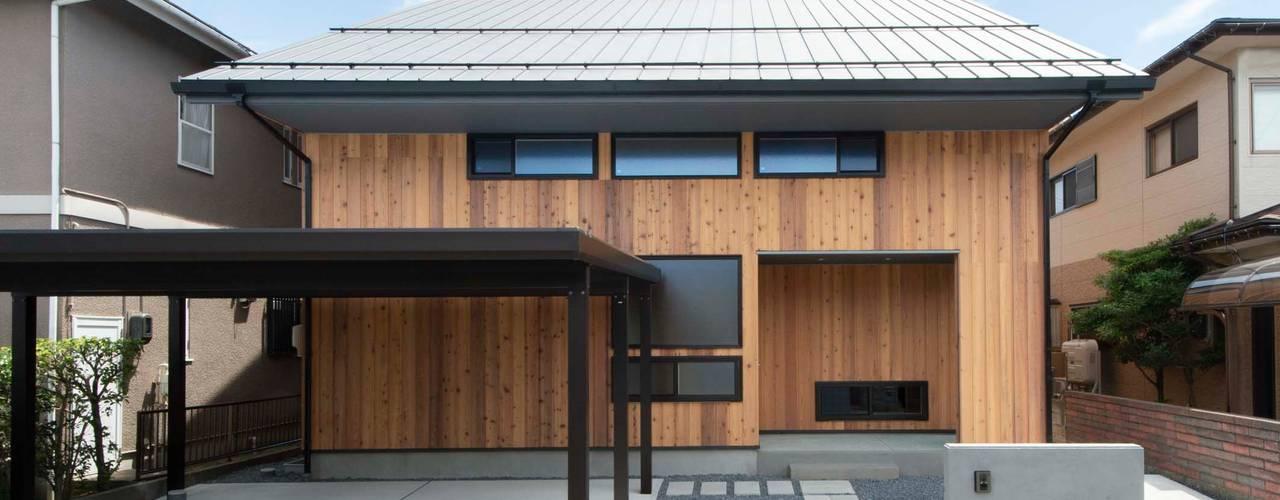 KU 軒の深い切妻の家 塚野建築設計事務所 木造住宅 木 木目調