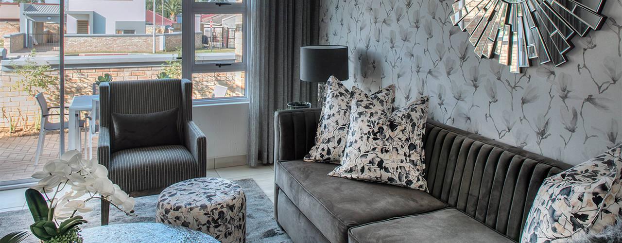 Johannesburg Show House - Low Budget Interior Modern living room by Spegash Interiors Modern