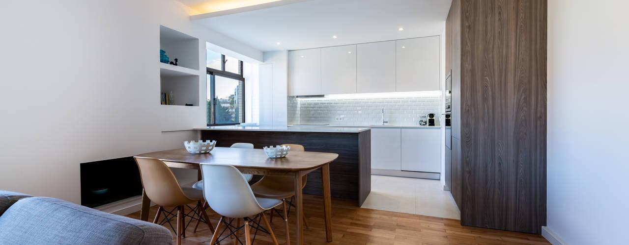Modern Dining Room by MOBEC Modern