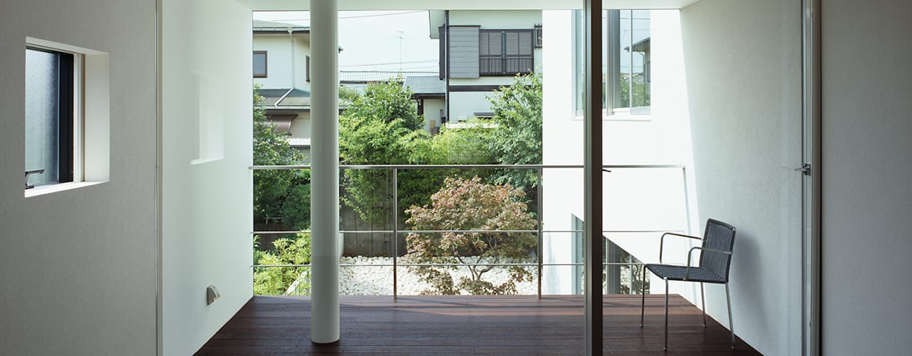 Bedroom by 松岡淳建築設計事務所