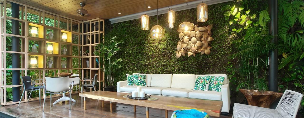 Residence - Bobos Bobos Design Balkon, Beranda & Teras Tropis