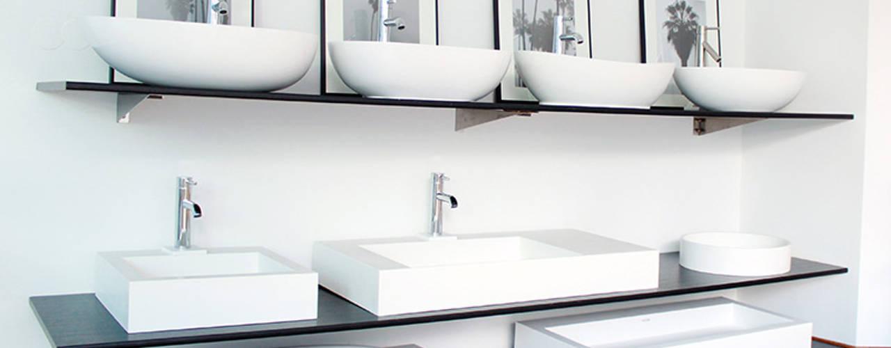 Badeloft Showrooms: modern  von Badeloft GmbH - Hersteller von Badewannen und Waschbecken in Berlin,Modern