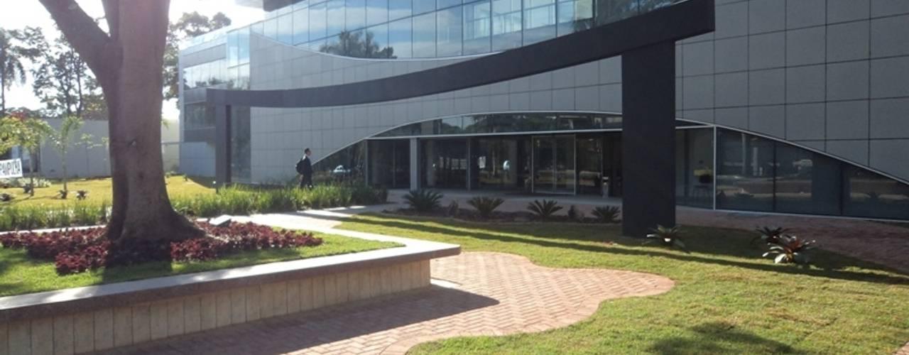 San Diego Suites Pampulha: Casas  por Marcelo Sena Arquitetura,Moderno