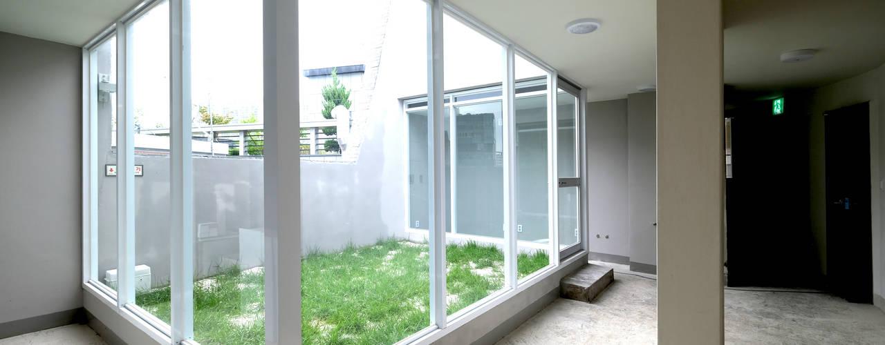 동소문동 오피스텔 더에이트: 오파드 건축연구소의  욕실