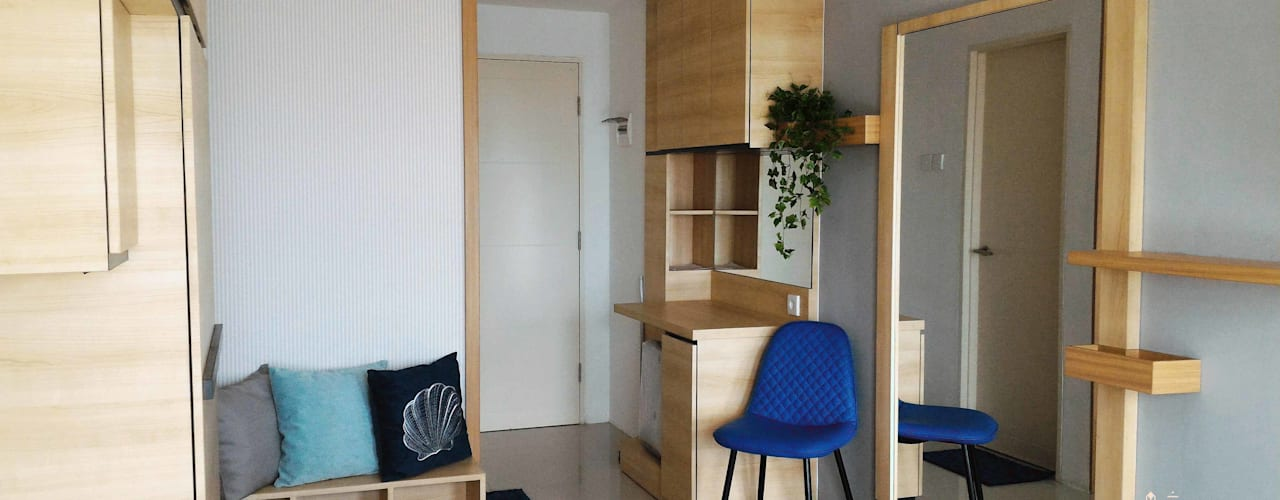 Easy-to-Clean Modern Studio Apartment: Koridor dan lorong oleh Internodec,