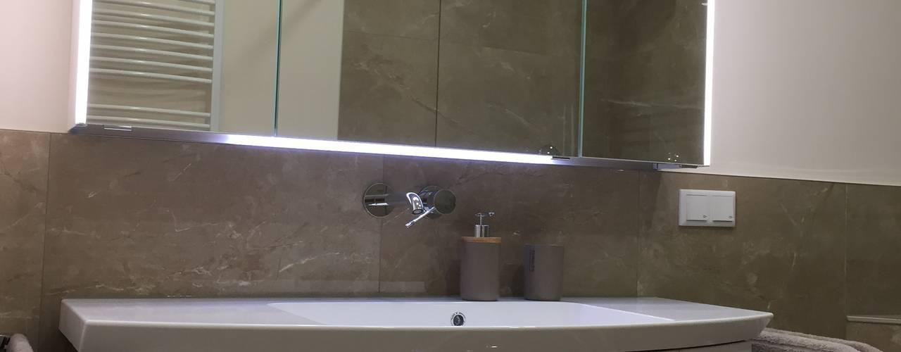 Modernes Bad im Marmor-Stil Mediterrane Badezimmer von LifeStyle Bäderstudio Mediterran
