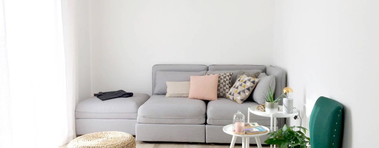 Appartamento 1410 Spazio 14 10 di Stella Passerini Soggiorno minimalista