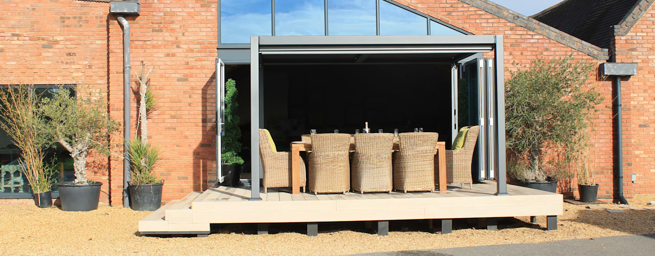 Jardines de estilo  por Garden Furniture Centre